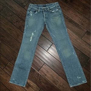 True Religion Micky Big T distressed jeans size 28